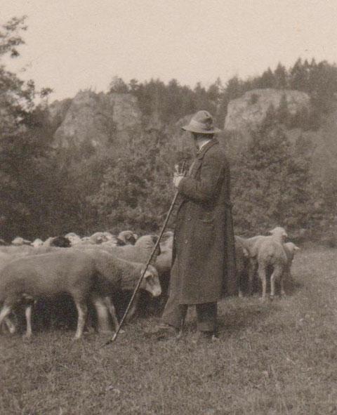 Schäfer Edwin Höfler auf dem Seestellchen vor dem Morgentorplateau - Archiv W.Malek
