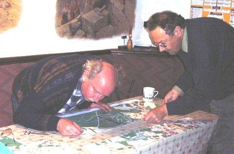 Egon Schatz (rechts) während der Vorbereitung 650 Jahre Burg - April 2010