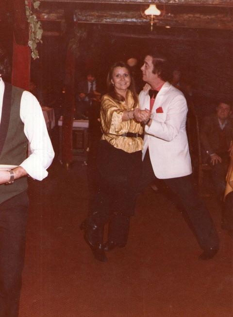 Bailando un tango.