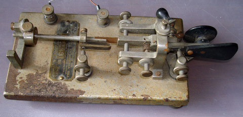 1919 VIBROPLEX No. 4 Nickel-plated base (c)