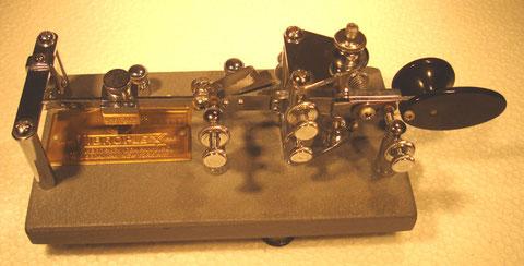 I6QON (c) Lightning BUG Standard