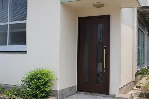 玄関ドアの取替え