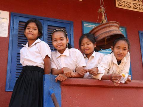 Withコロナ時代におけるカンボジアの小学校&施設への代行活動