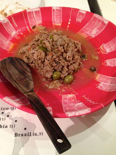 ブラジルはリオの家庭料理ピカジーニョ。牛肉、ピーマン、トマト、玉葱にいろいろスパイスを入れて。「ブラジル風の牛丼旨い!」と絶賛の声(笑)黒米入りご飯を添えて。睡龍(すいりゅう)奈良県 きもと純米 21BY