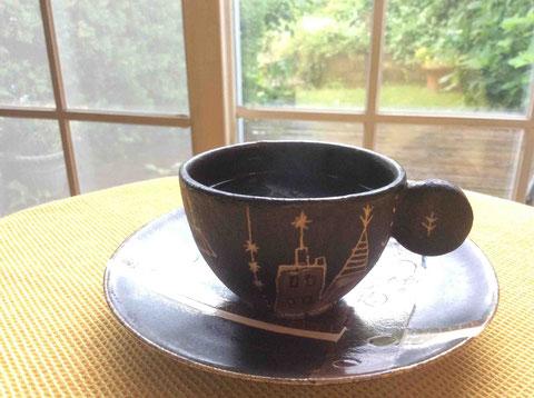 大好きな友人、我妻珠美(あずまたまみ)さんの珈琲カップ