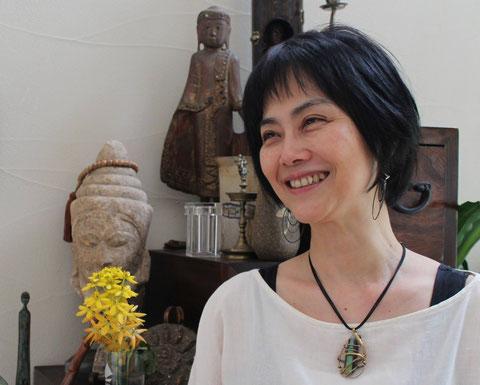 だーいすきな広美さんにとってもらった写真。スッピン!すっごく私らしい写真とお気に入り!自宅にて