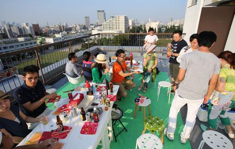 澁谷さんのマンションの屋上でクラフトビールの会 2014年夏