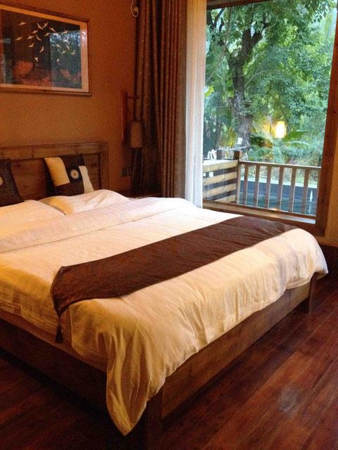 オランダ人経営のプチホテルに宿泊。快適