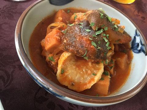 鯖缶と干し椎茸と高野豆腐のトマトシチュー
