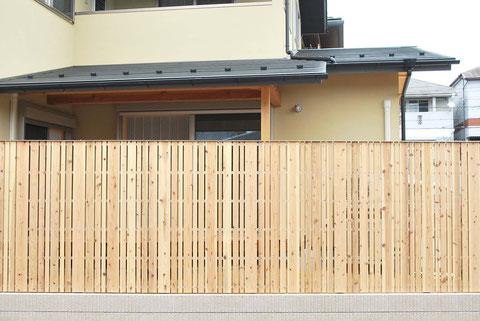 板塀 杉材 和の庭