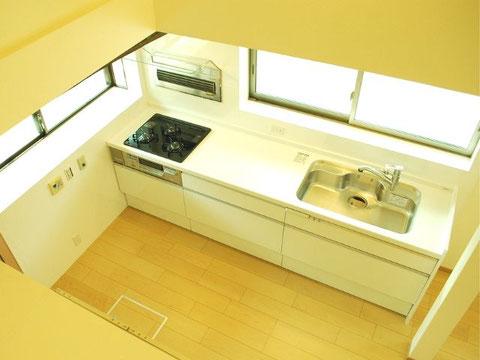 キッチンを吹抜け空間に改造