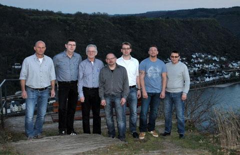 Die Aufnahme zeigt die Kandidaten der Weilerer SPD: v.l.n.r. Frank Gutmann, Harald Brumme, Reinhold Petereit, Frank Halfmann, Frank Petereit, Markus Hubele und Wladimir Schneider.