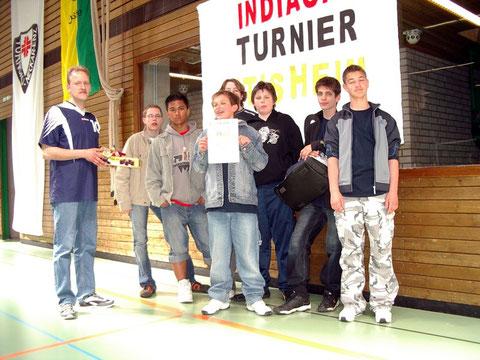 Das ungeschlagene Team bei der Siegerehrung (v.l.n.r.):  Sebastian Lehmann, Paulo Nagel, Danny Krimmel, Matthew Anson, Jan Grünfelder, Mike Flohr und Oliver Werner.