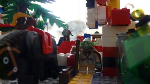 Yoda sort du Jedi Bar par l'arrière...