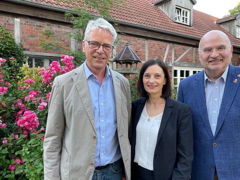 von links: Gregor Spohr, Silke Voß-Schulz, Peter Brautmeier