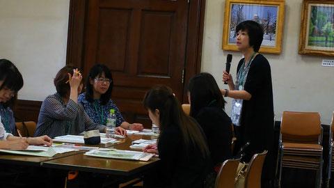 札幌で行われた子育てコーチング意見交換会&カフェ視察の写真です。