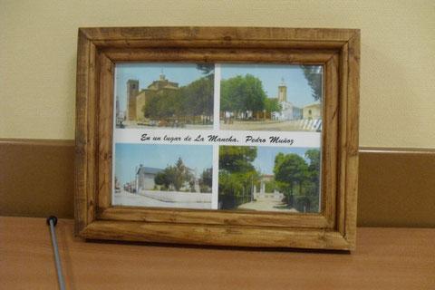 Cadre avec 4 photos anciennes de Pedro Muñoz