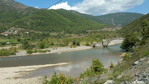 Eine Brücke aus der Osmanen-Zeit. Nirgends verzeichnet und erwähnt... Unsere Entdeckung...