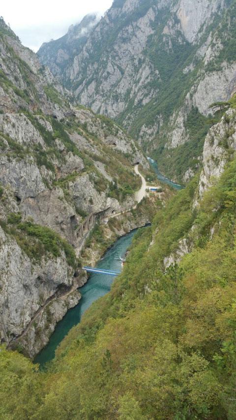 Der Grenzfluss Piva
