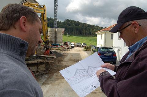 Bauabnahme durch Andreas Loosli, Gemeinde Schwarzenburg