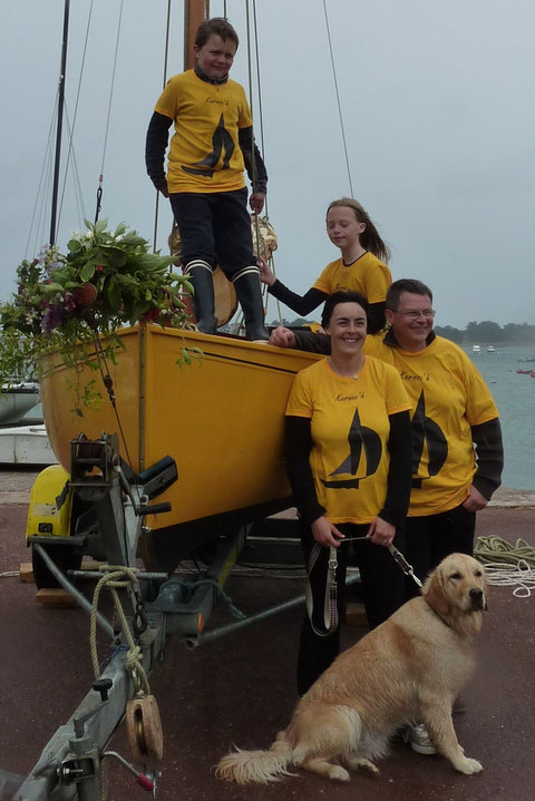 En famille pour le lancement de Kernoc'h en juin 2011 : Thomas, Margaux, Marie-Laure, Pierre-Yves et Falbala