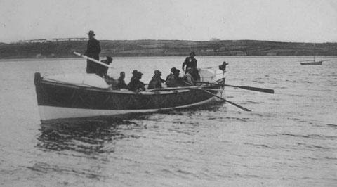 Le canot de sauvetage de Perros :   Amiral Mallet (Athanase) , lors d'une sortie d'entrainement
