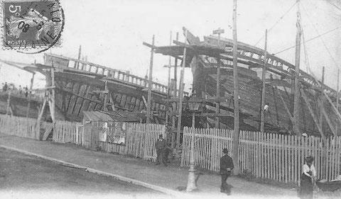 Les chantiers Gautier à Saint-Malo, navires terre-neuviers en construction