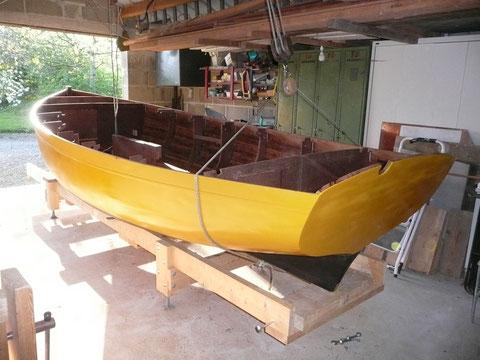 Le canot  atterri doucement en place sur le bâtit
