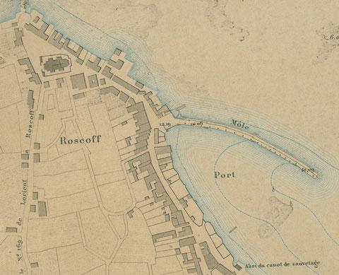 En 1877 sur ce plan du port de Roscoff la configuration du port n'a presque pas changé, les photos précédentes ont été prises au niveau de la cote 12.19