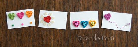 Tarjetas de San Valentín decoradas con corazones tejidos a crochet!