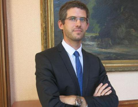 Mr Cédric LOGELIN    Y A T'IL UN  PROCUREUR  DE LA  REPUBLIQUE  à SAINT-QUENTIN (02) JE SUIS PATRICK  VICTIME DE VIOLENCES  PAR LES MAFIAS  EN BANDES ORGANISEES  AU COEUR MÊME  DE LA JUSTICE DE LA REPUBLIQUE www.jesuisvictime.fr www.jesuispatrick.fr