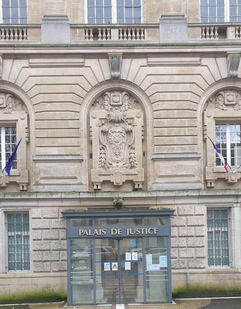 AFFAIRE VIOLENCES AU TRAVAIL (MOBBING & GANG STALKING) // TAXIS VASSEUR SERVICES www.jenesuispasunchien.fr www.jesuisvictime.fr www.jesuispatrick.fr