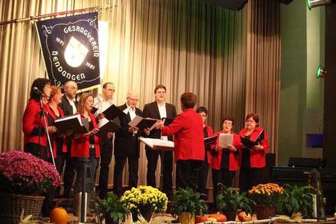 Lustige Sänger - 2012 in Hendungen - Leitung: Luzia Schmitt
