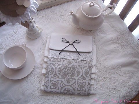 """Grand Présentoir pour serviettes d'invités """" Azulejos et Campagne Chic """"  - 16euros (frais de port compris)- réf: Pr0112171"""
