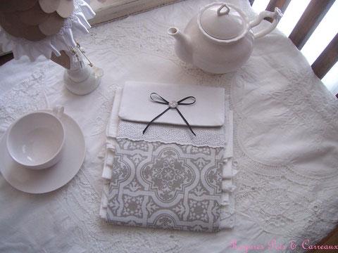 """Grand Présentoir pour serviettes d'invités """" Azulejos et Campagne Chic """"  Pr0112171"""