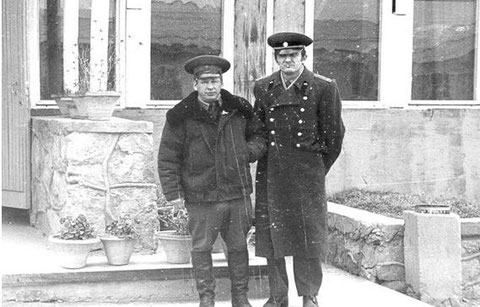 Командир 70 ОМСБр полковник Шатин и пом.нач. разведки капитан Сиваченко Н.