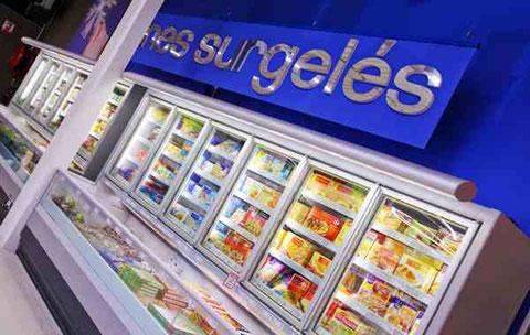 Rayon surgelé d'un supermarché Carrefour.