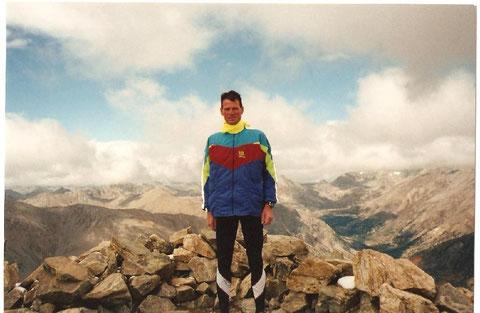 Auf dem Gipfel des Mt. Elbert (14.433')