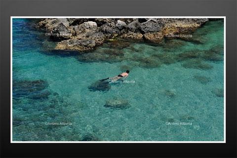 プーリアの海は大体どこもこれくらい美しいです