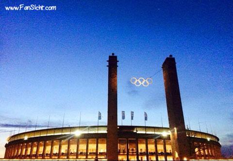 Außenansicht des Olympiastadions (Foto: Jörn Milz).