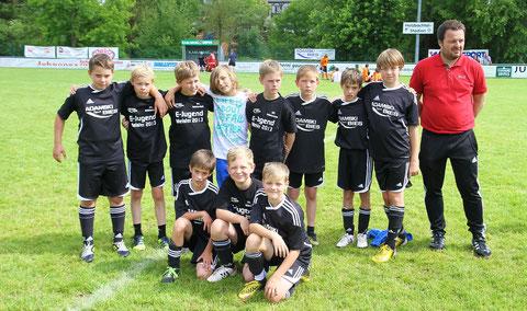 Die E1 bei ihrer Ehrung zur errungenen Meisterschaft anlässlich des XI.Vitalis-Cups
