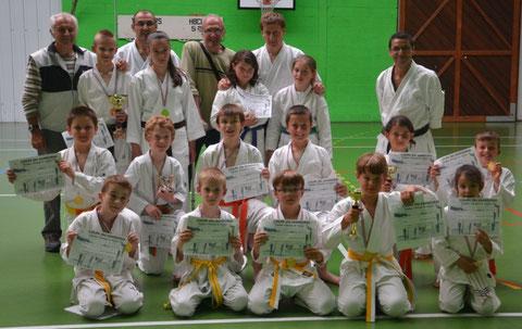 Les enfants du club ayant participé à la coupe du Samourai