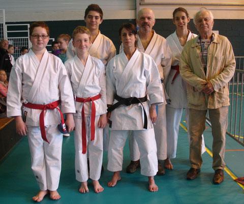 De gauche à droite: B.Micaux, K.Prevost, T.Lemarchand, N.Guillon; P.Prevost, A.Daniel et J-L.Schroll