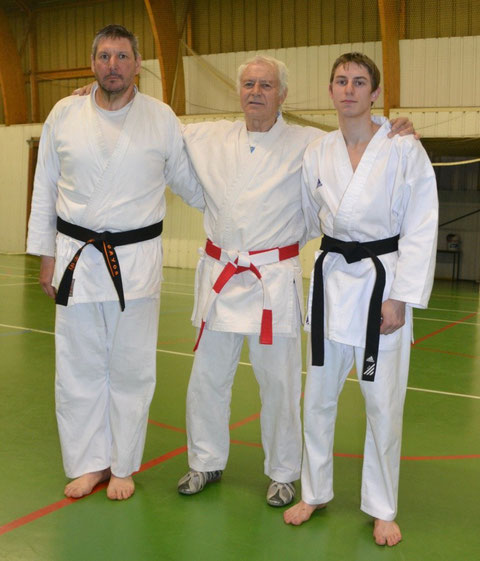 Pascal et Christopher Piecko entourent Jean-Luc Schroll