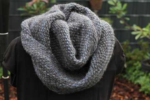 Strickloop / Knitted scarf