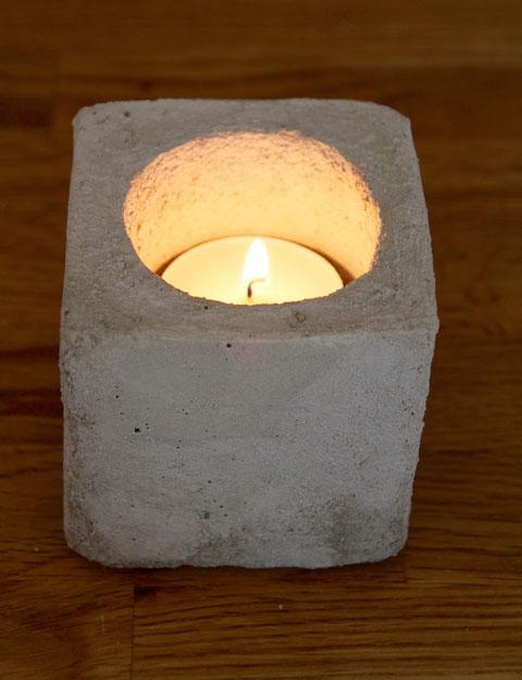 Teelicht aus Beton / Candleholder from concrete