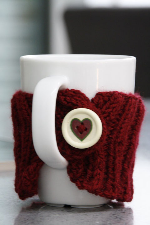 Gestrickter Tassenwärmer / knitted mug warmer