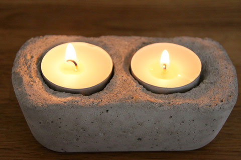 Teelichter aus Beton / candle holder from concrete