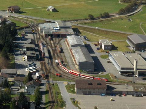 Bahnhof Andermatt, Blick von Nätschen.