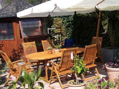 tavolo legno per giardino sei sedie regolabili